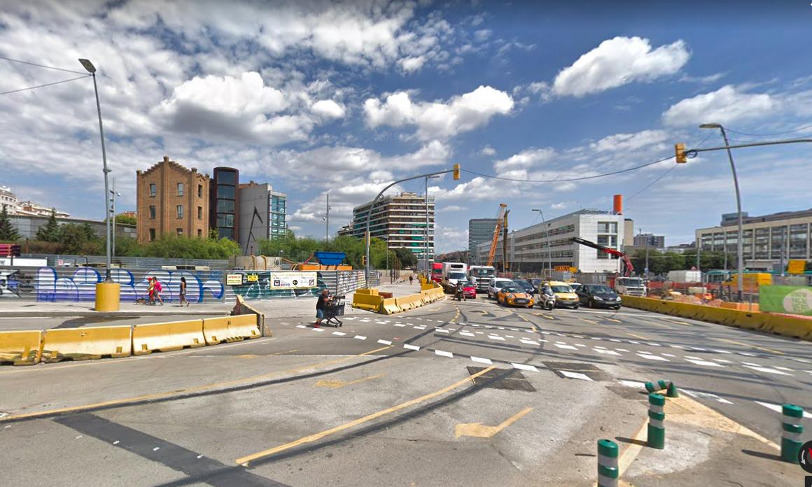Un altre punt de Gran Via on fa poc hi va haver un accident. | Google Maps