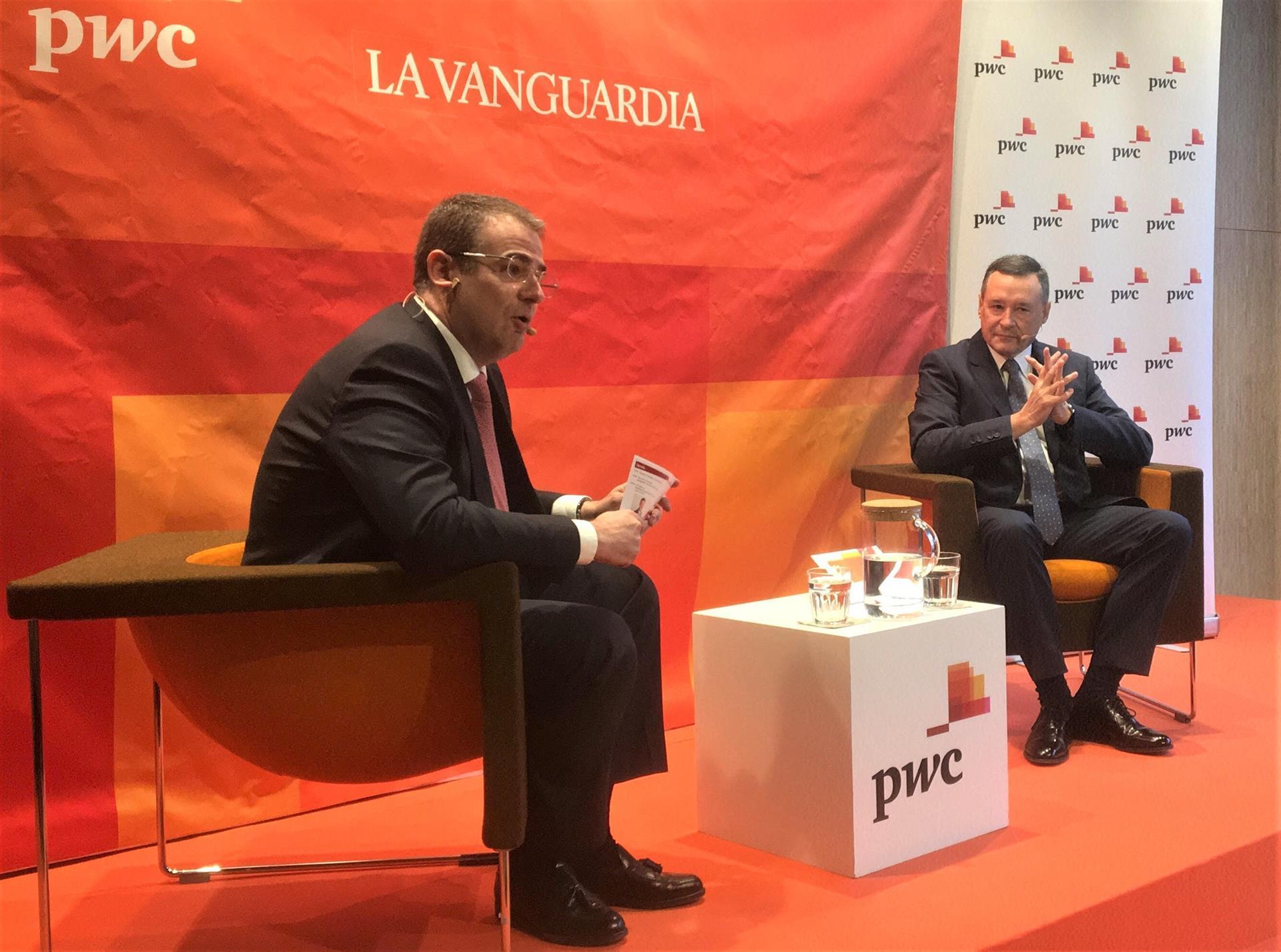 El president d'Agbar, Ángel Simón, durant la seva intervenció als 'PwC Talks La Vanguardia'