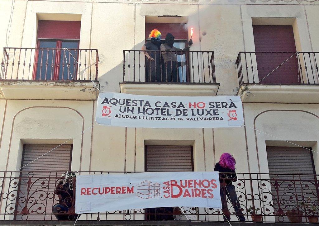 Una de les imatges distribuïdes pels activistes que han ocupat l'edifici de l'antiga llat Betània, de Vallvidrera / Twitter