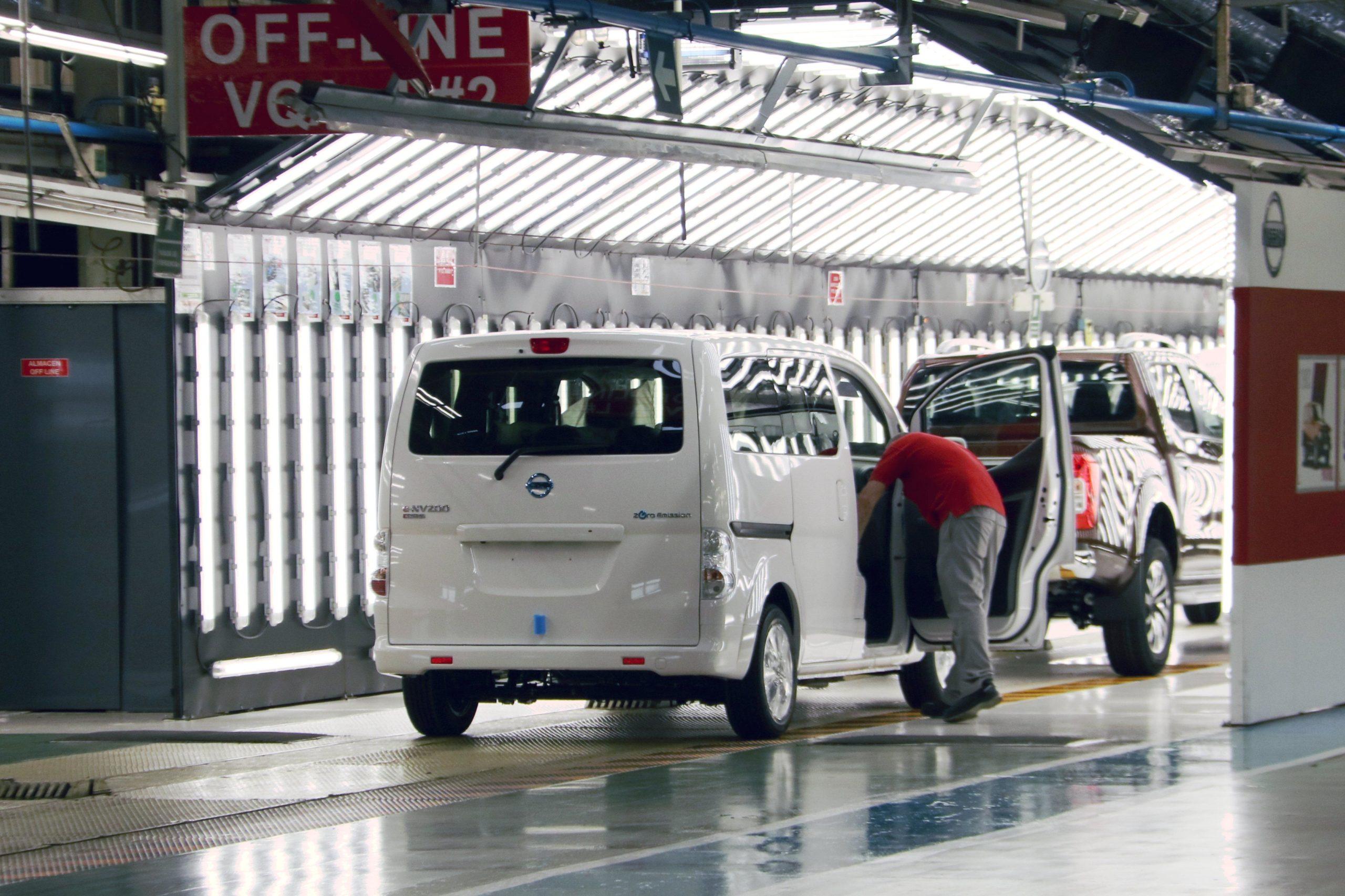 Nissan acomiadarà 600 treballadors de la planta de Zona Franca   ACN