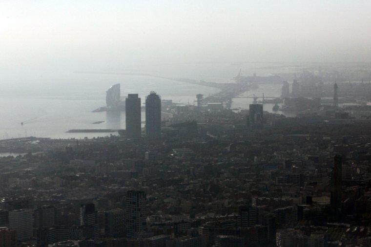 Contaminació sobre Barcelona / ACN