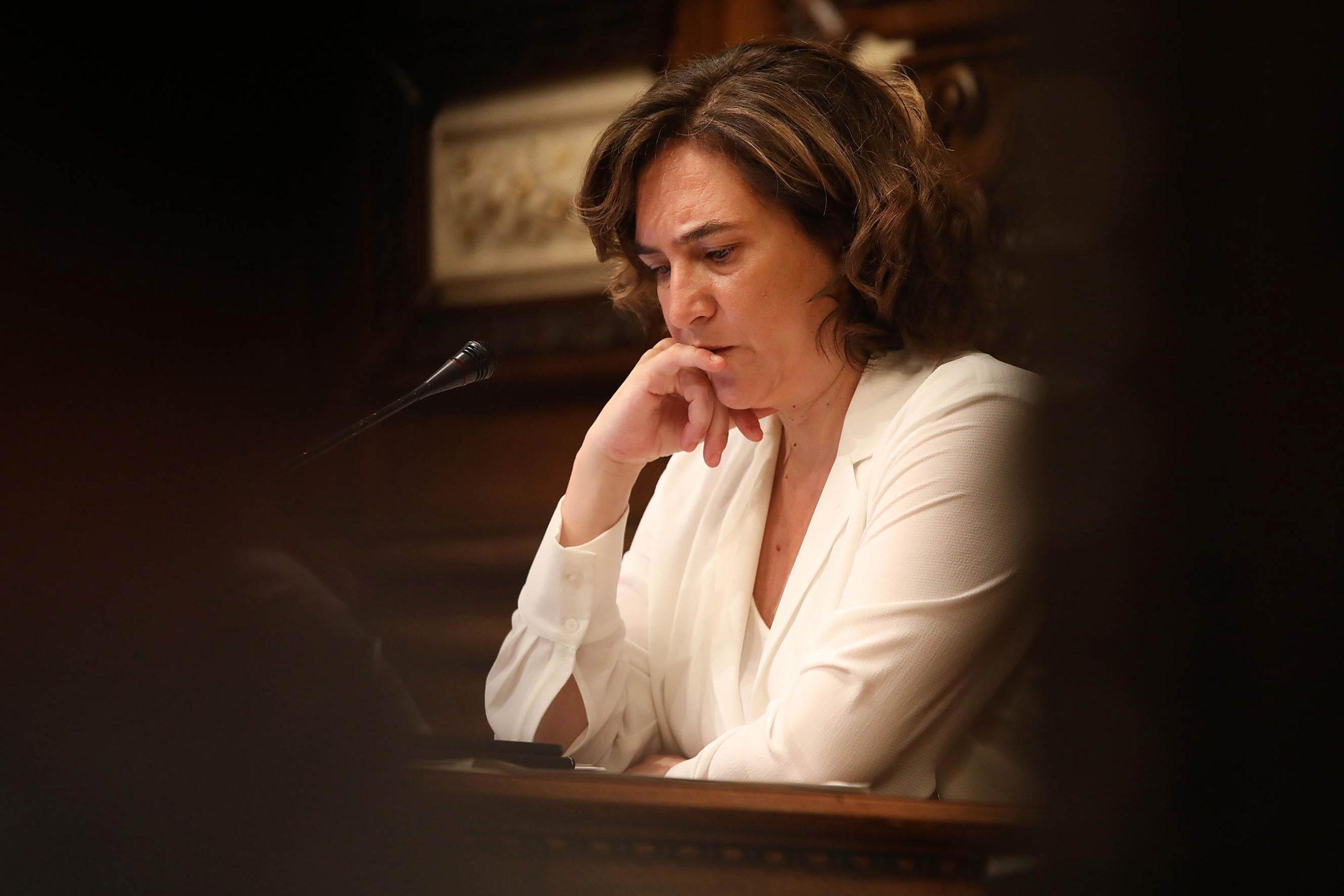 Ada Colau, presidint el ple de l'Ajuntament de Barcelona, en imatge d'arxiu / Jordi Play
