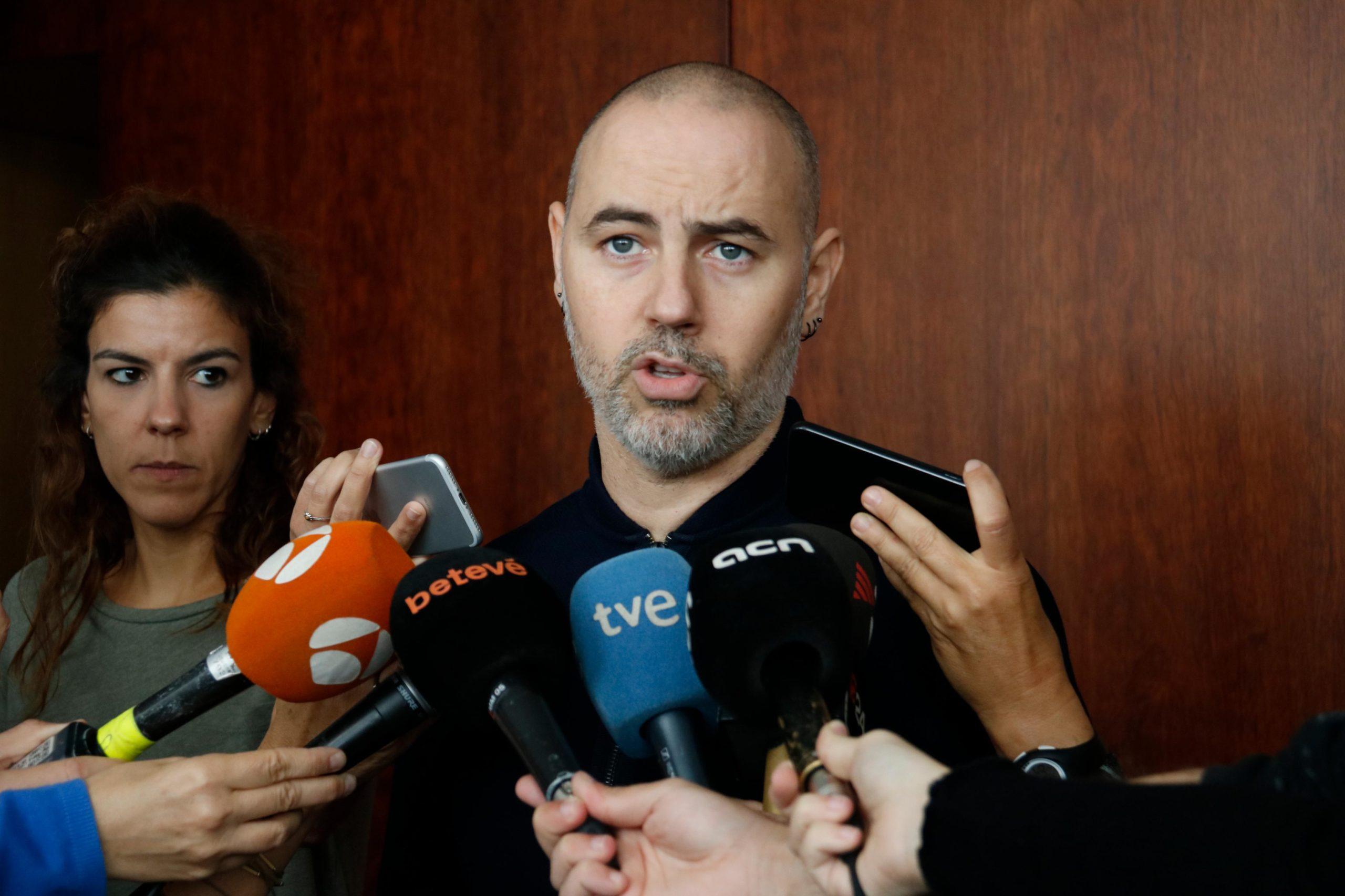 El regidor d'Emergència Climàtica i Transició Ecològica, Eloi Badia, en una atenció recent als mitjans des de l'Ajuntament de Barcelona / ACN