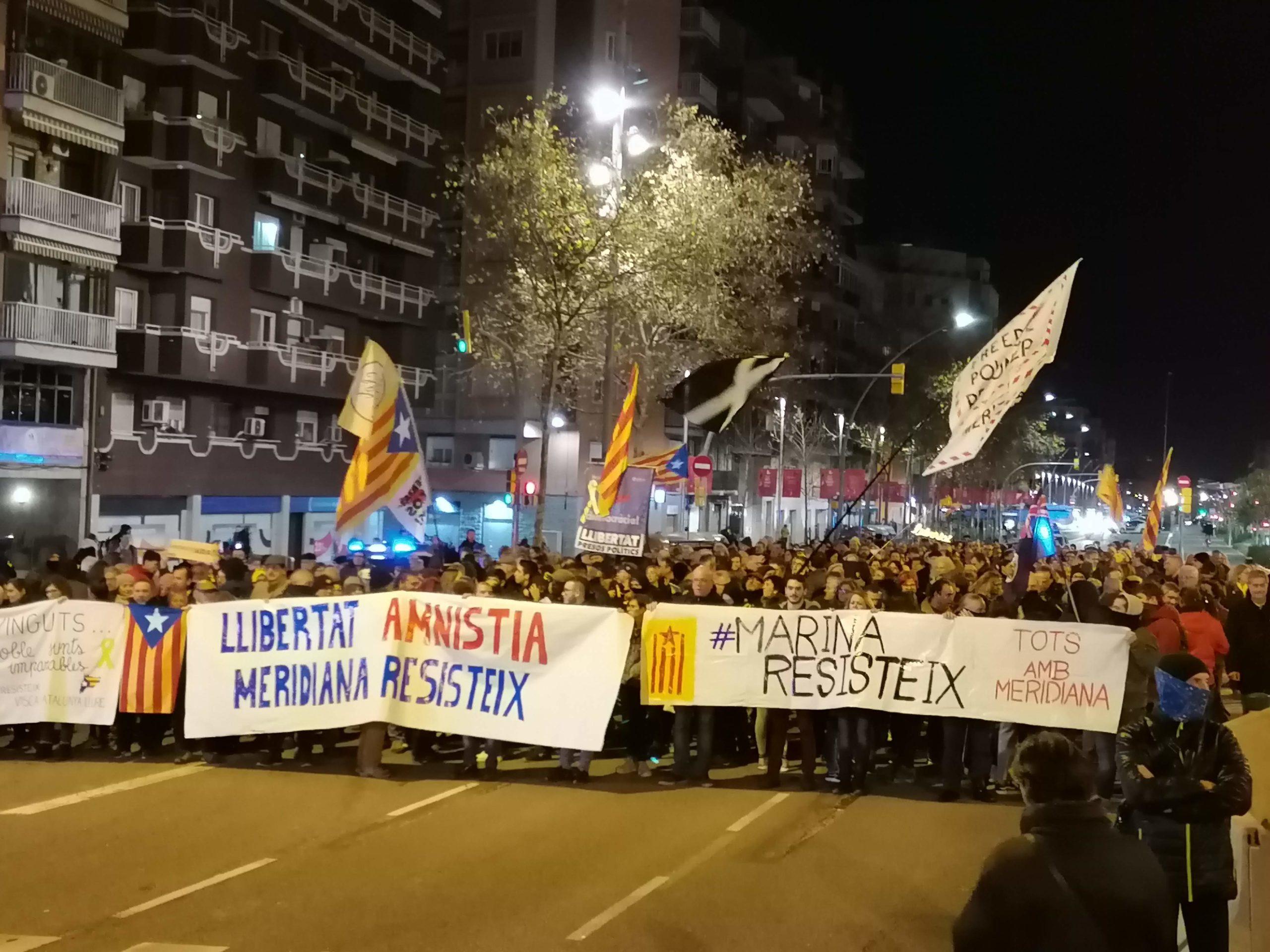 Manifestació de Meridiana Resisteix pels 3 mesos de talls / MMP
