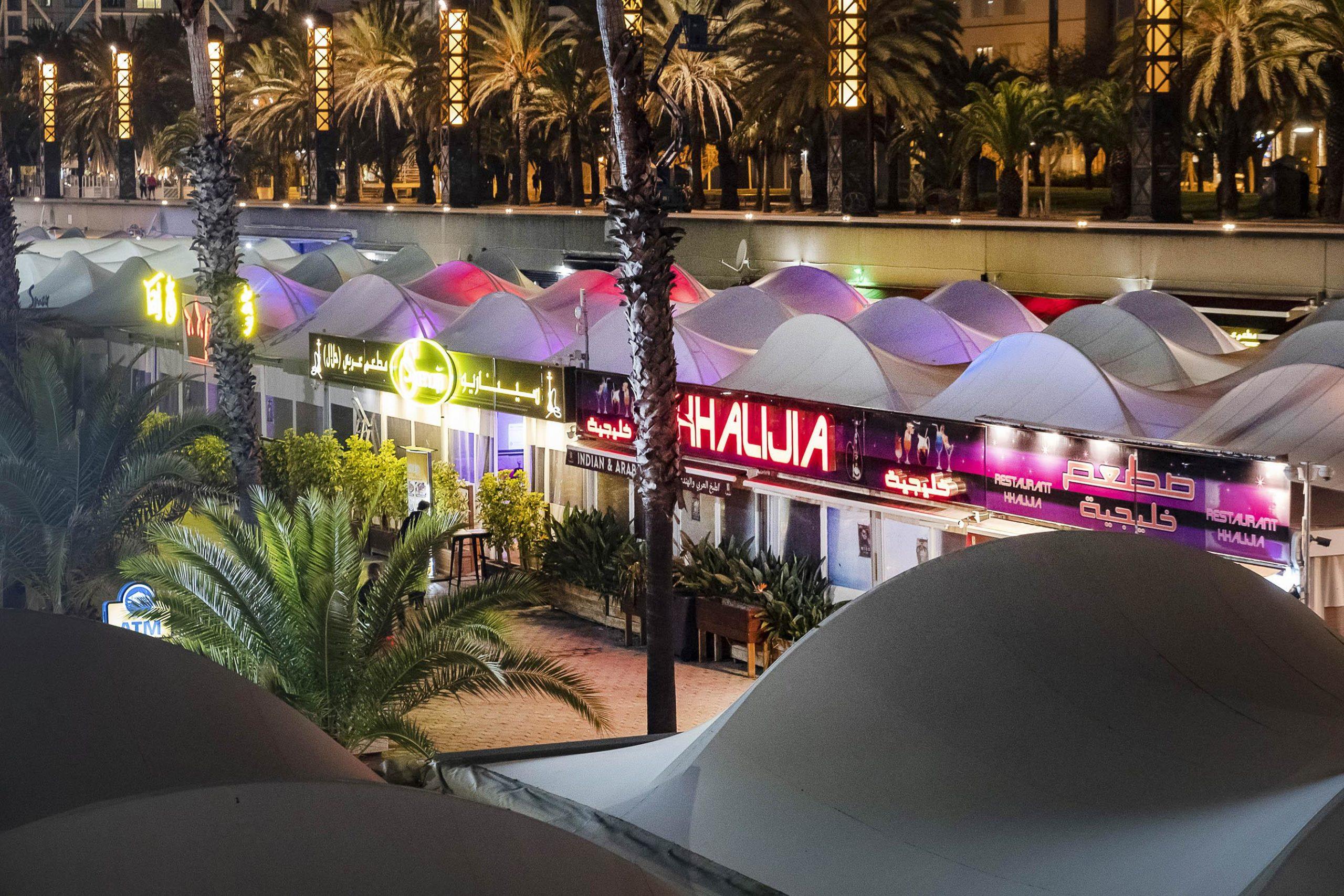 Discoteques i restaurants del Port Olímpic / Jordi Play