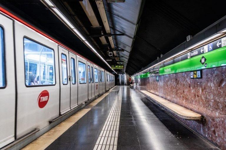 Una estació de metro de la L3 buida durant el confinament / Ajuntament de Barcelona