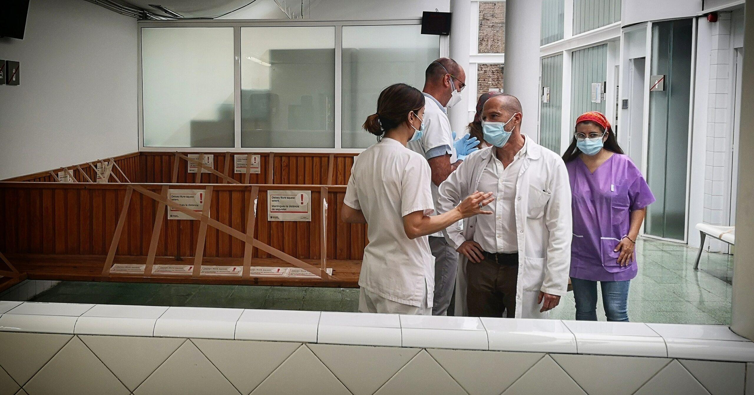 Sanitaris treballant al CAP Passeig de Sant Joan / D.C.