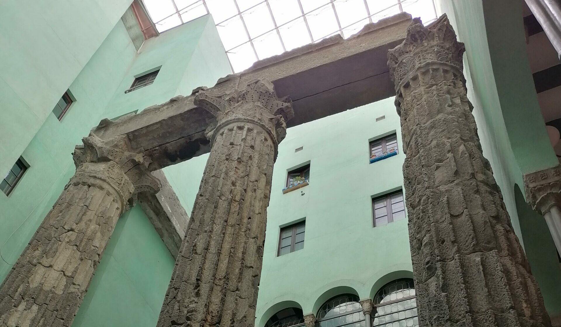 Les columnes del Temple d'August són el vestigi més icònic de la Barcelona romana / MMP