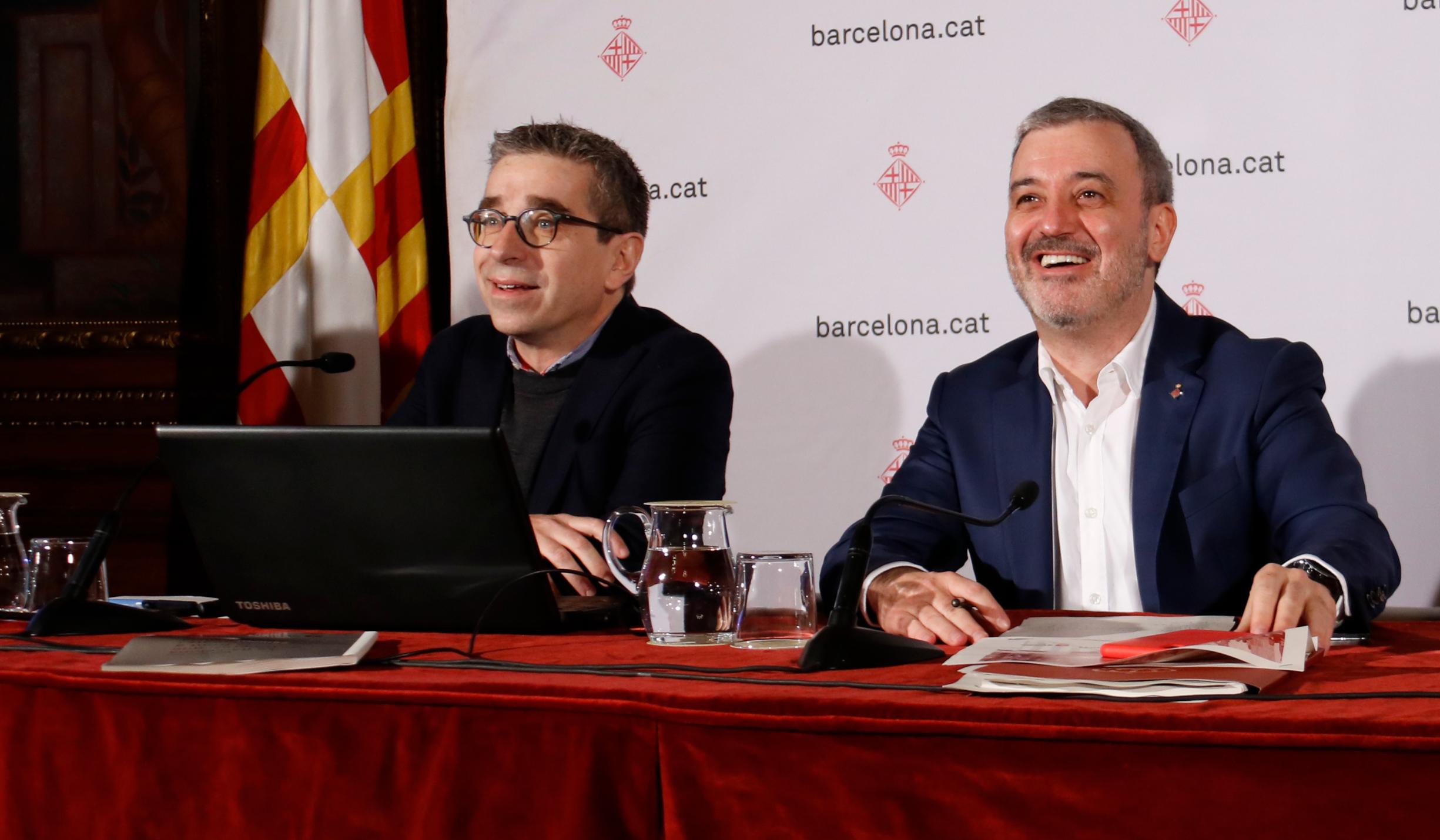 El regidor de Pressupostos, Jordi Martí, i el primer tinent d'alcaldia, Jaume Collboni, en una imatge d'arxiu, el gener del 2020 / ACN