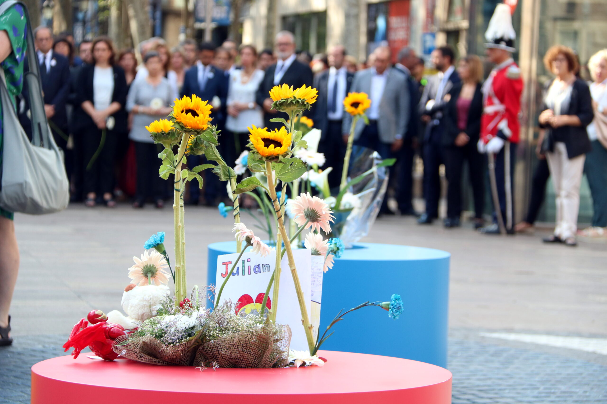 Barcelona ha fet un homenatge modest a les víctimes del 17-A / ACN