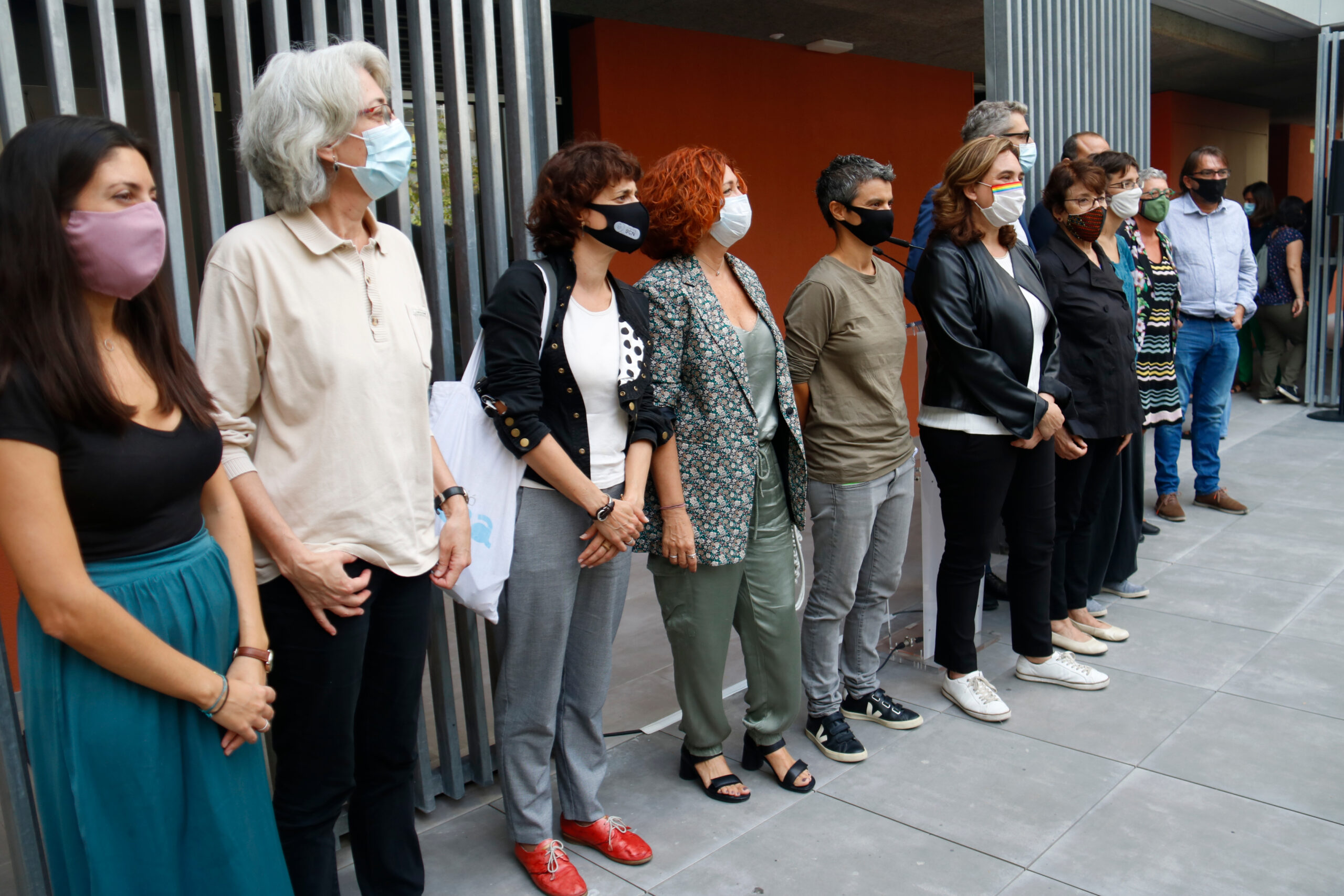 Representants de les entitats signants del decàleg per la lluita per l'habitatge a Barcelona / ACN