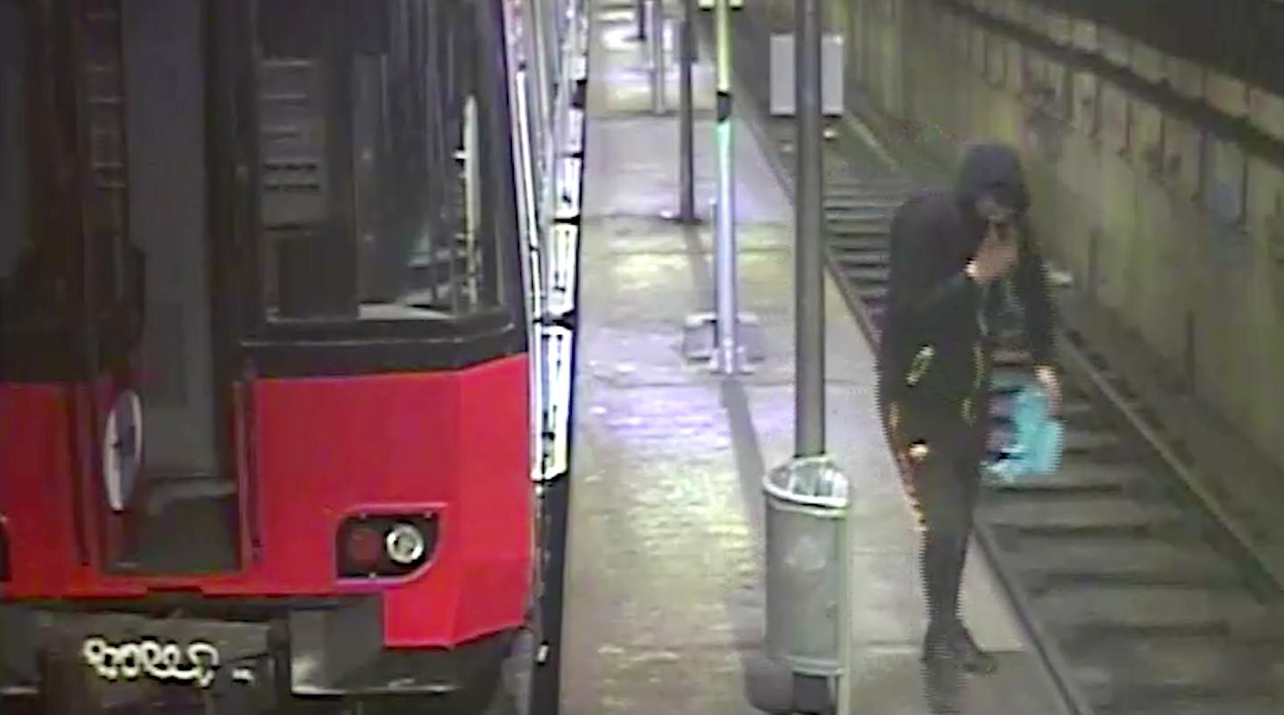 Un dels grafiters ferroviaris detectat a Barcelona / Mossos d'Esquadra