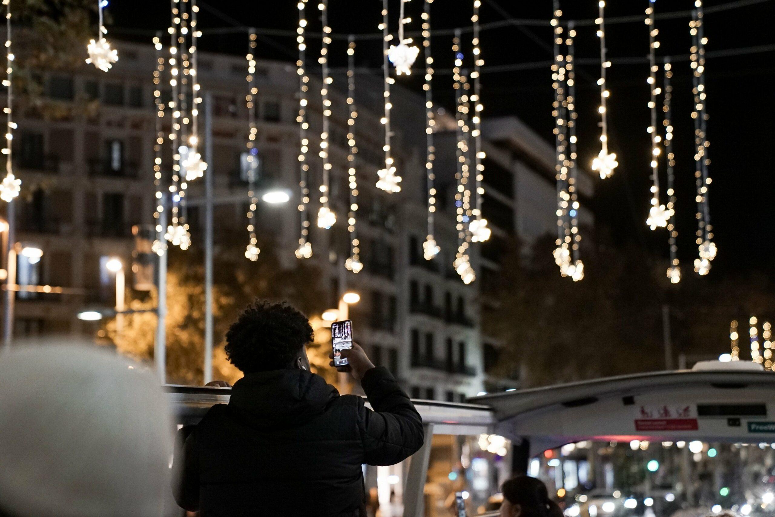 Imatge d'arxiu de l'encesa de llums de Nadal / @Bcn_Eixample