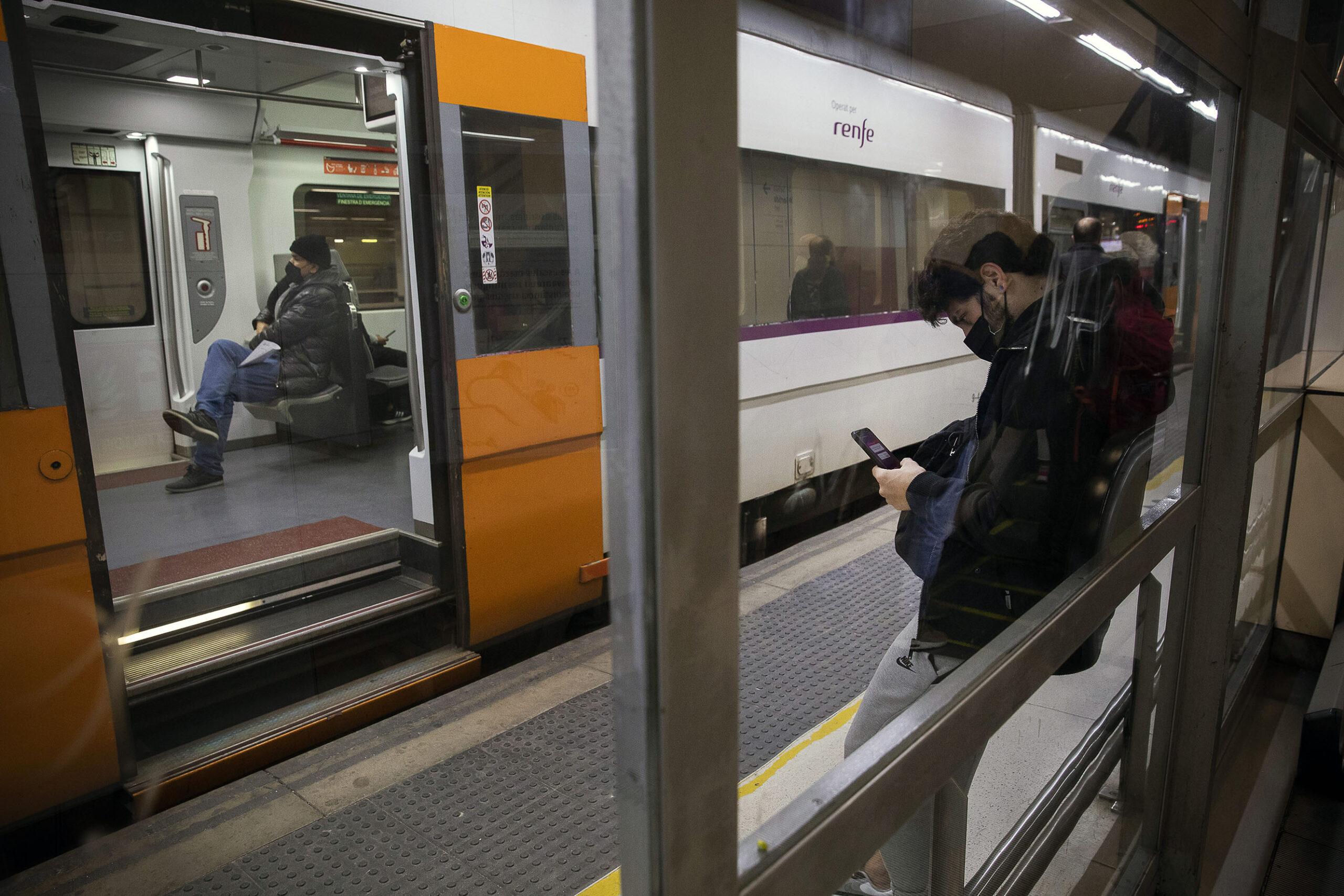 Un tren de Rodalies, en una imatge d'arxiu / Jordi Play