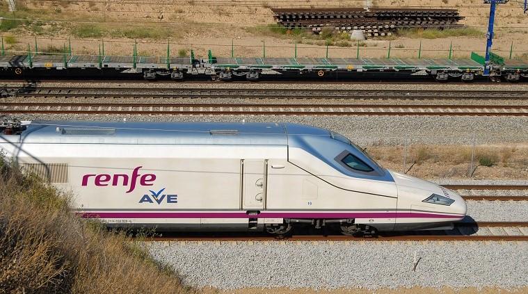 Imatge d'arxiu d'un tren AVE / Renfe