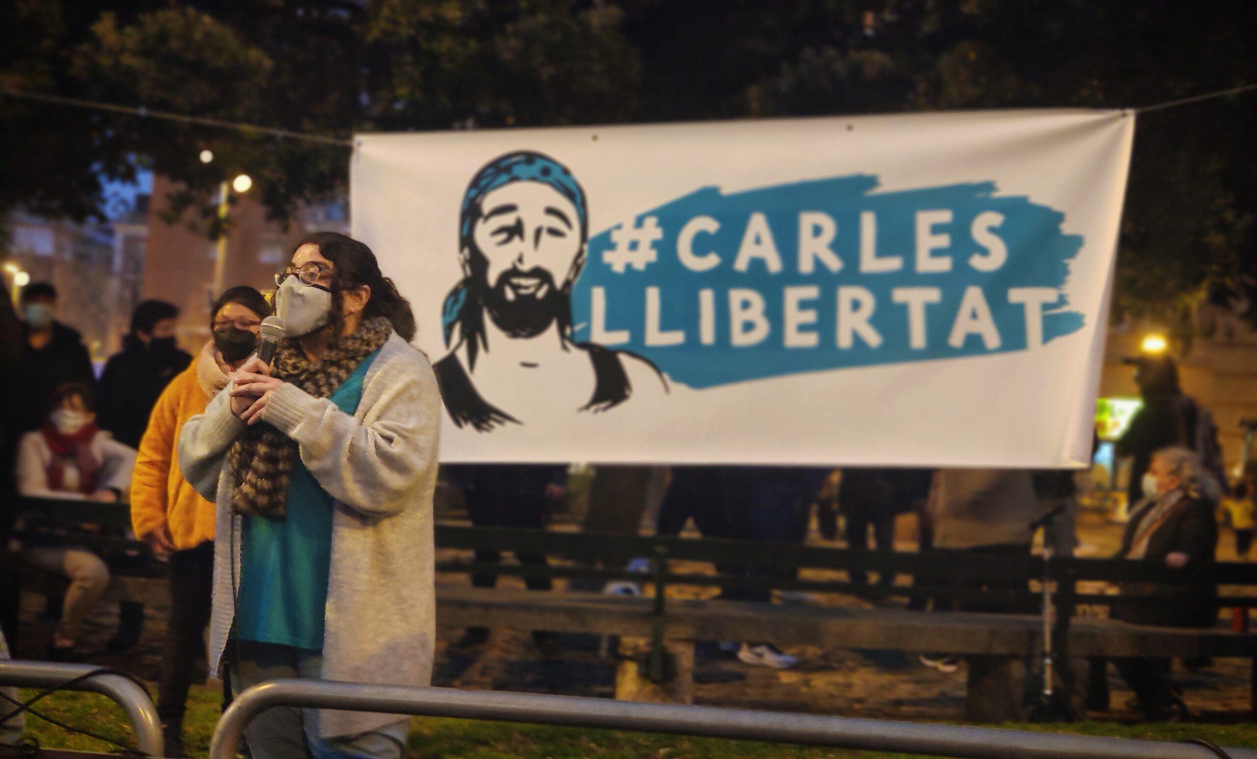 Imatge d'arxiu de la pancarta per demanar la llibertat del Carles quan era empresonat / David Cobo