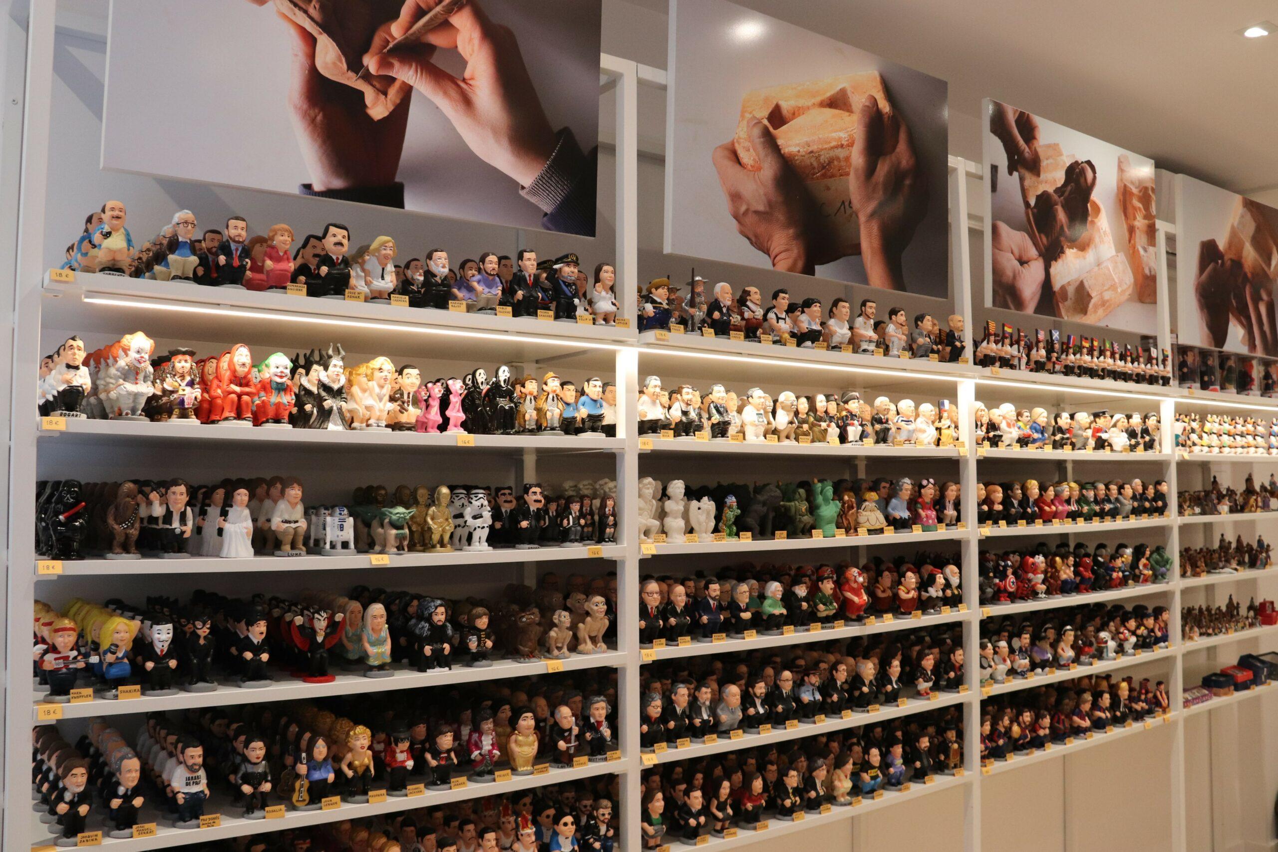 La botiga 'Caganer.com' és la primera especialitzada en les figures de caganers / ACN
