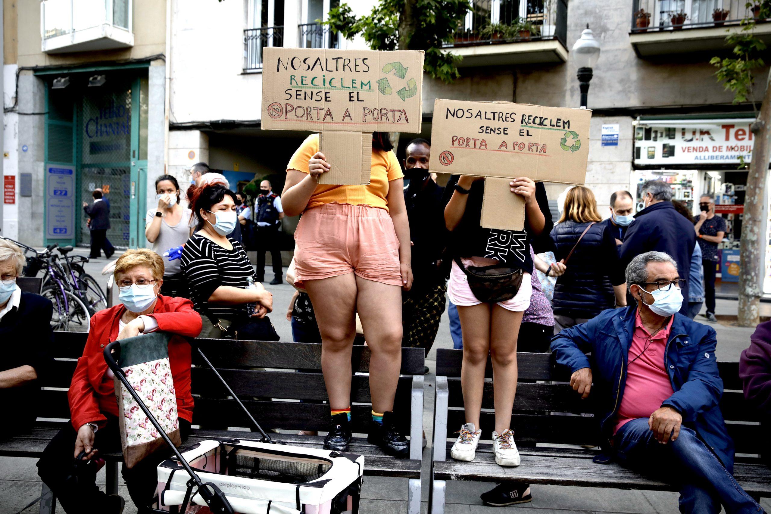 Joves de Sant Andreu contra el porta a porta / Jordi Play