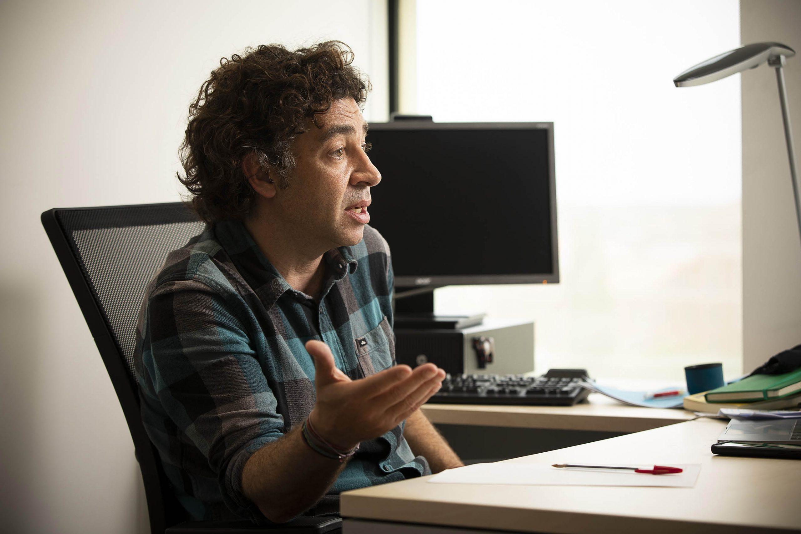 L'expert en dret internacional David Bondia és la segona vegada que es presenta a l'elecció de síndic barceloní / Jordi Play