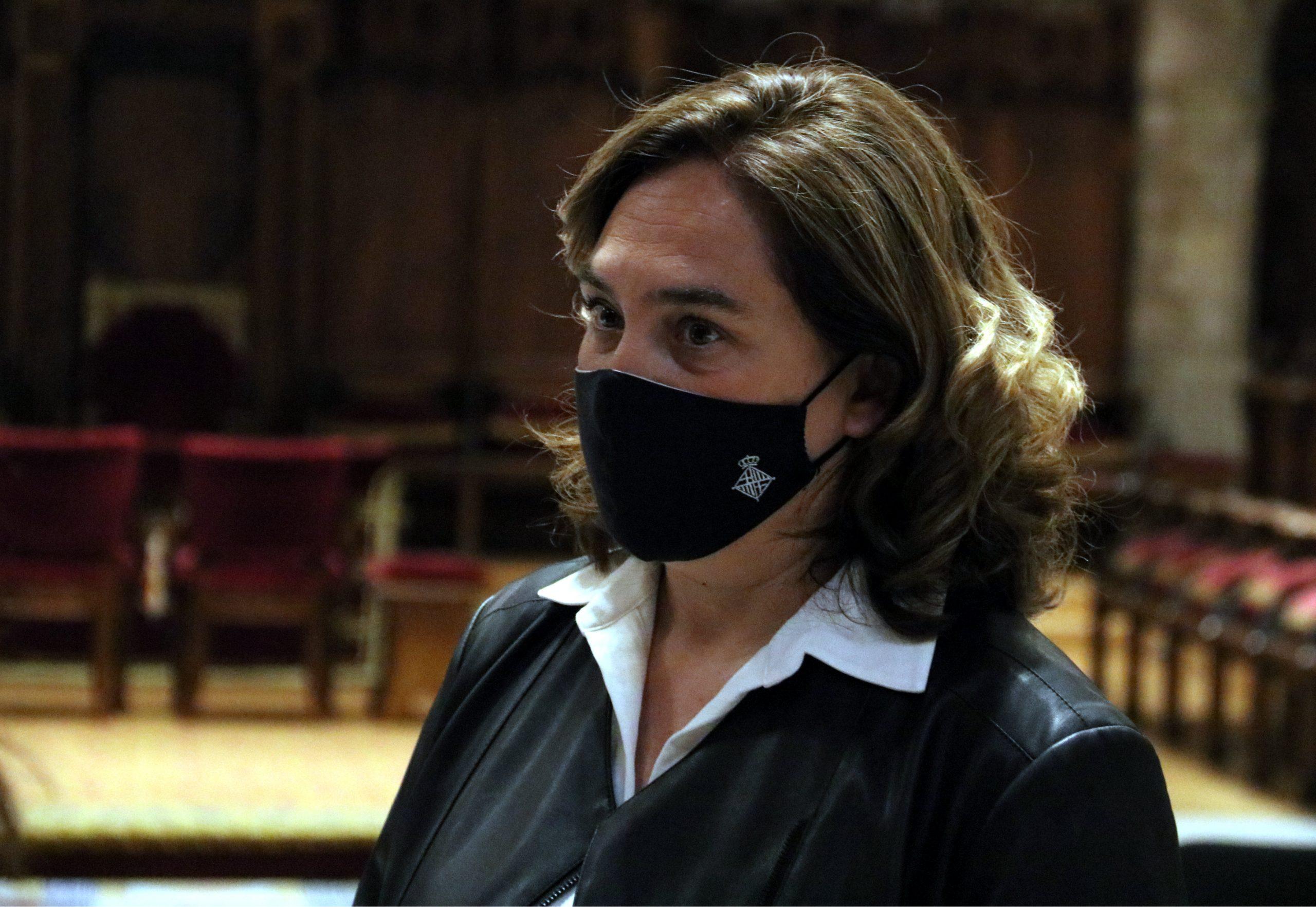 L'alcaldessa de Barcelona, Ada Colau, al Saló de Cent de l'Ajuntament / ACN