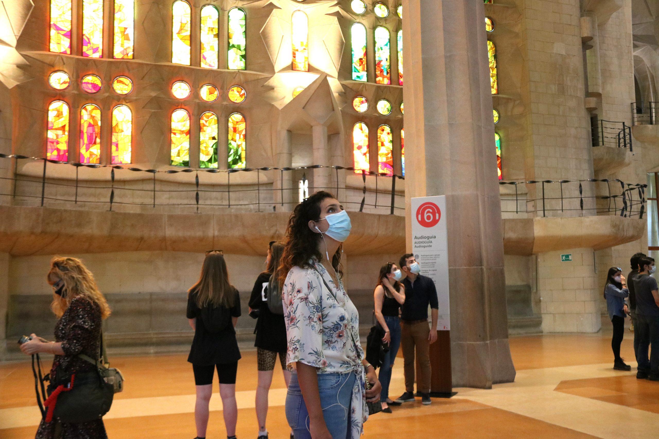 Diversos visitants a la Sagrada Família / ACN