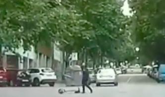 Un patinet ha estat a punt de provocar un accident / BCNLegends