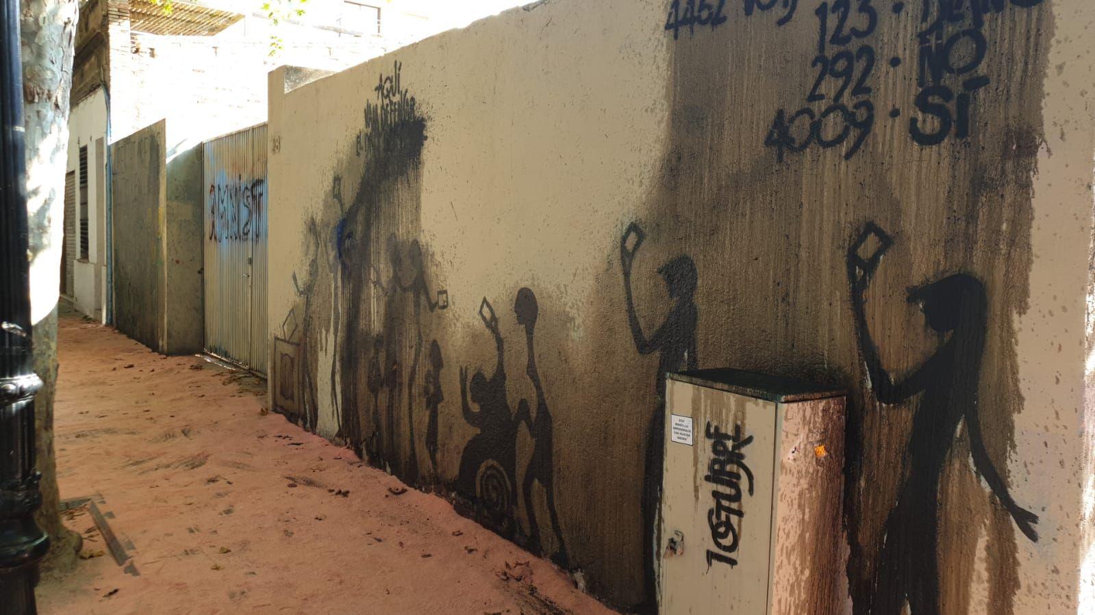 El mural, novament malmès. Foto: Jaume Domènech