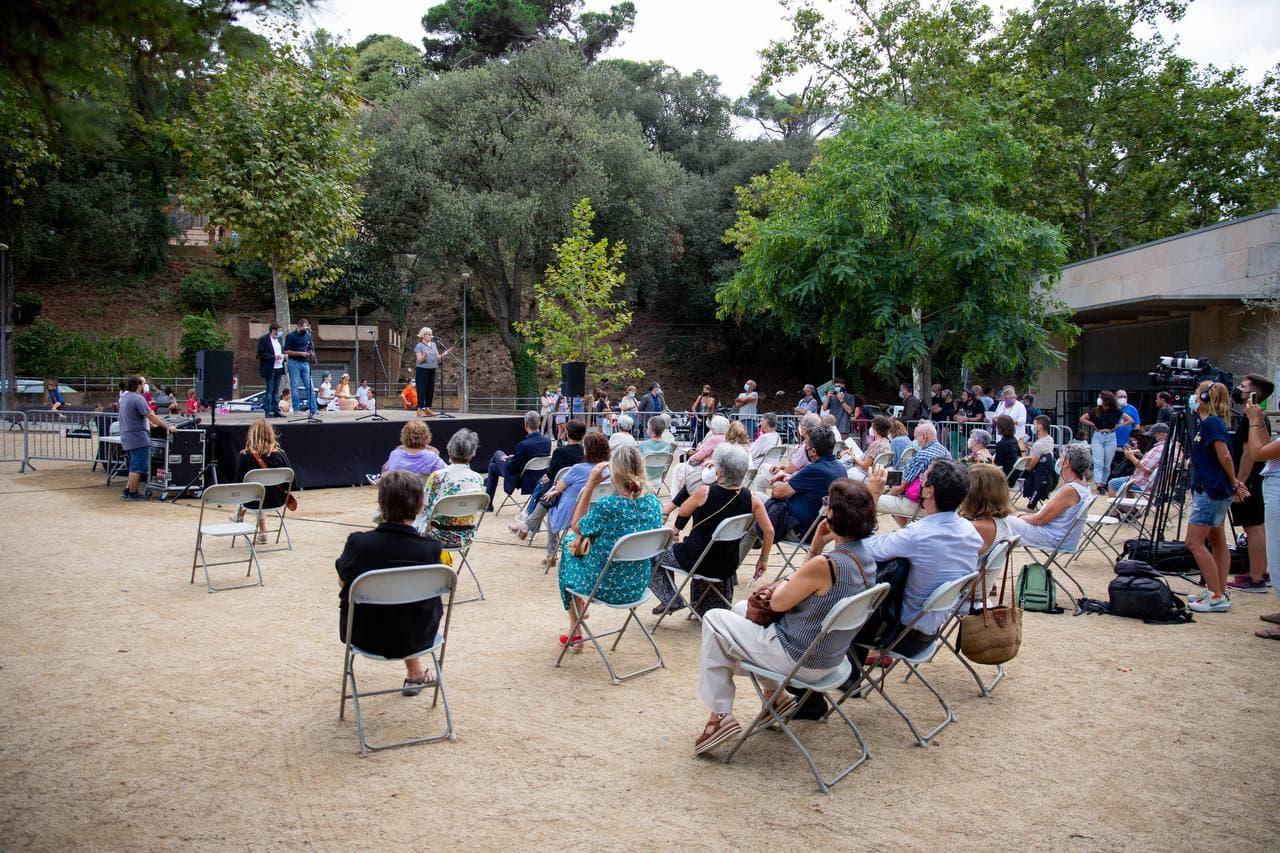 L'acte de presentació del canvi de carrer dels Reis Catòlics a Elisa Moragas / Ajuntament